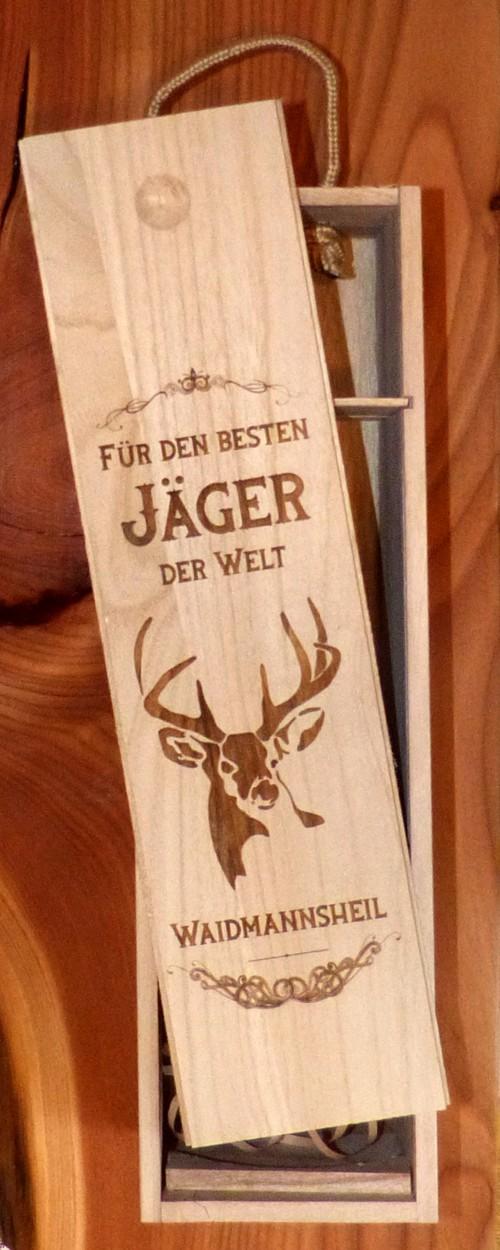 Geschenk Jäger Weinverpackung aus Holz